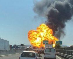 Bologna: Esplosione in tangenziale